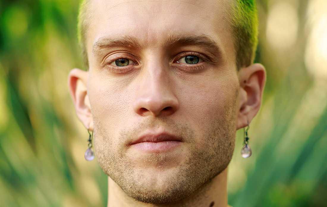 """Jonas Eika (f. −91), aktuell med novellsamlingen """"Efter solen""""."""