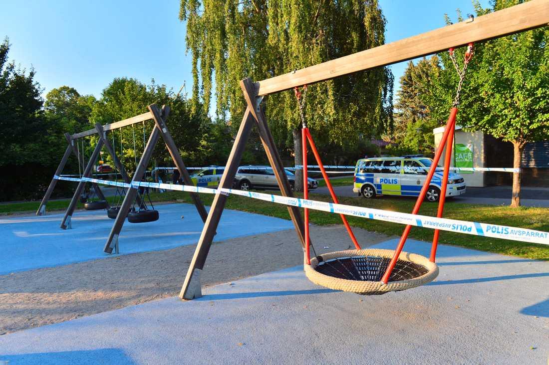 Skjutningen inträffade vid en lekplats i Vasaparken i Norrköping.