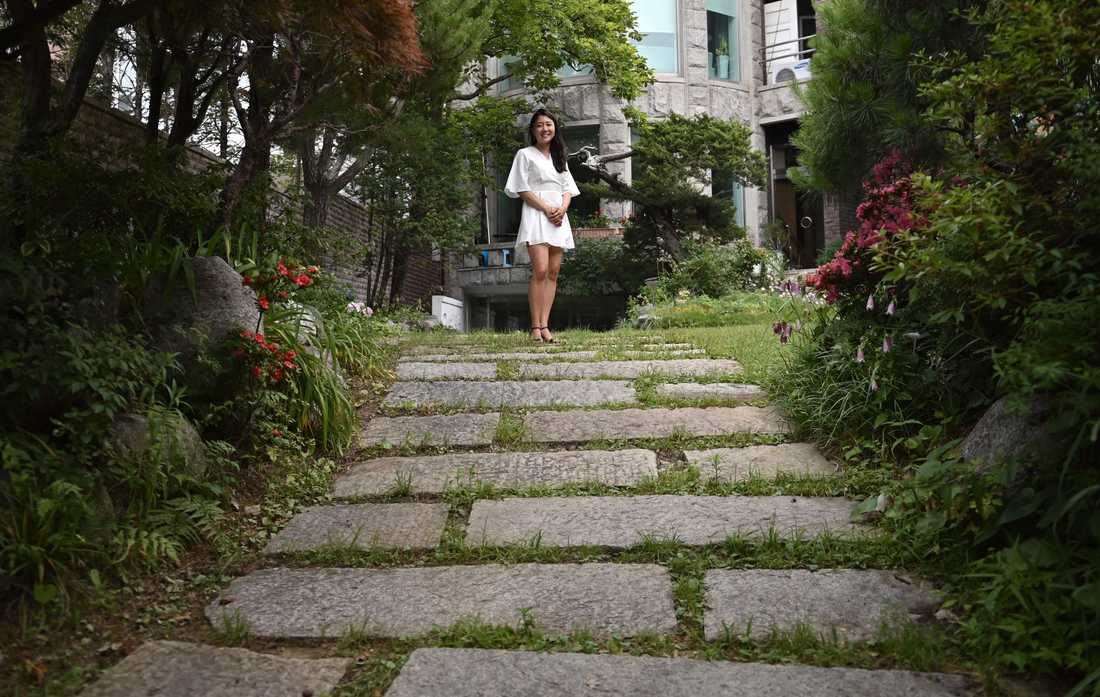 Kara Bos fotograferad vid Ko Roots lokaler i Seoul. Ko Root är en organisation för adopterade med koreanska rötter.