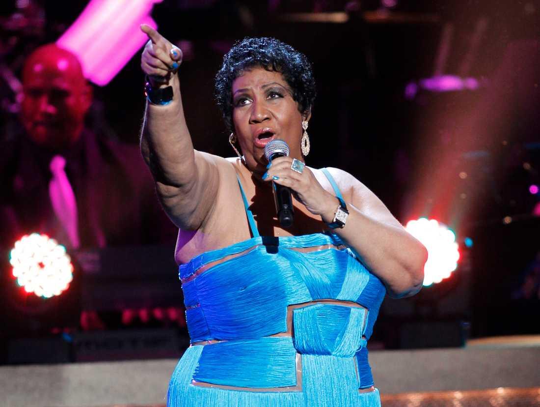 Aretha Franklin hann släppa över 40 studioalbum under karriären. Här ses hon vid ett framträdande på Warner Theatre i Washington i januari 2012.