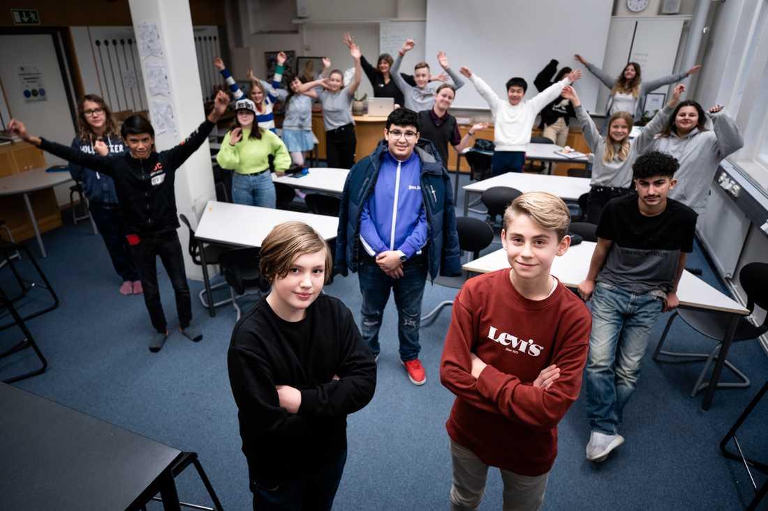 Allan Dalgren och Nils Clase vinner Unga Journalistpriset.