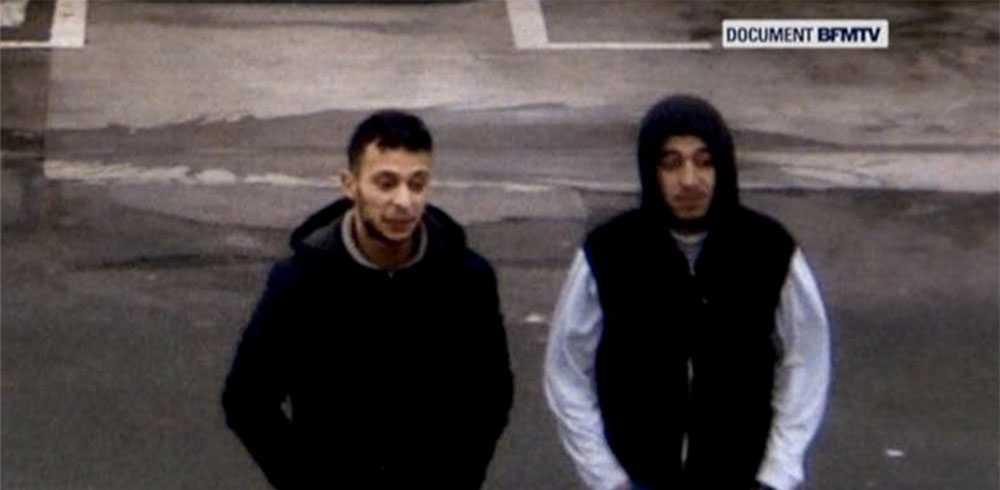 Den internationellt efterlyste Salah Abdeslam till vänster tillsammans med terroristen Hamza Attou, dagen efter Parisattackerna.