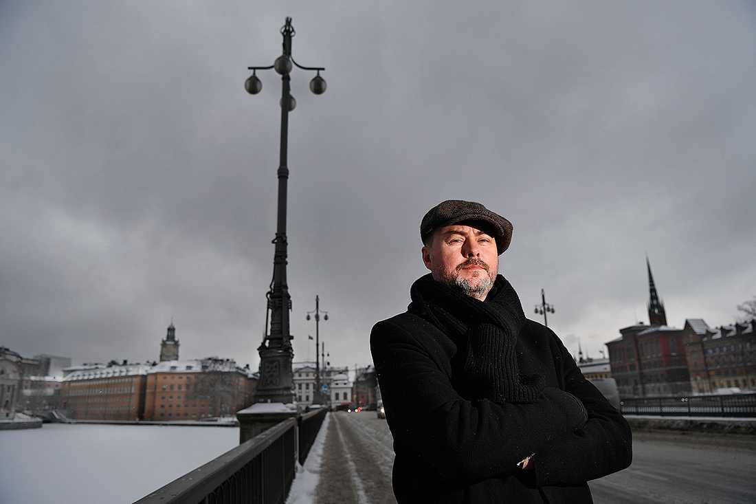 Håkan Sundberg tvingades sluta som tjänsteman på Miljöpartiets riksdagskansli.