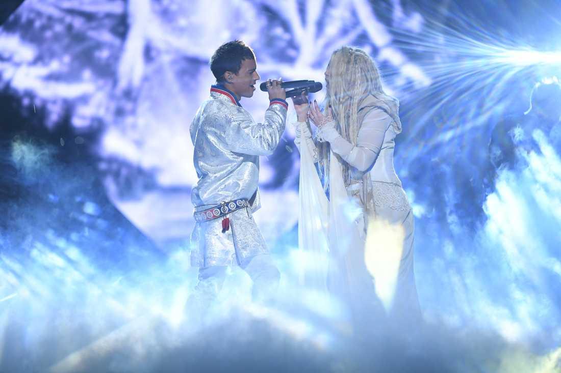 Jon Henrik Fjällgren och Aninia i Melodifestivalens final