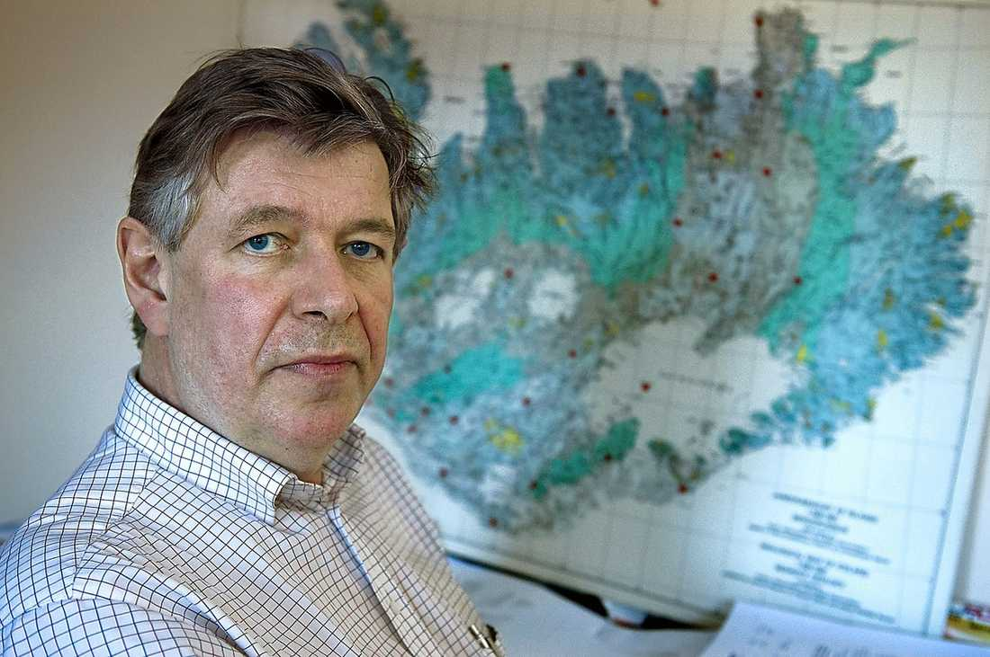Reynir Bödvarsson, seismolog, vid Uppsala universitet.