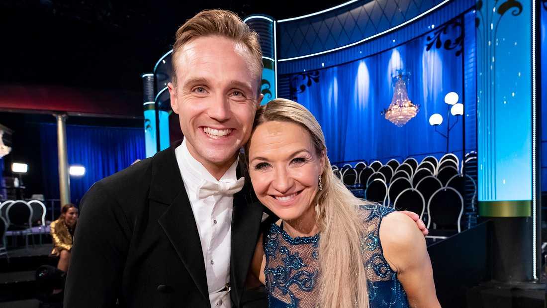 """Kristin Kaspersen och Calle Sterner vann """"Let's dance"""" 2019."""