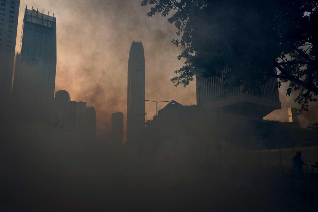 Hongkongbörsen faller. Arkivbild från tidigare demonstrationer i staden.