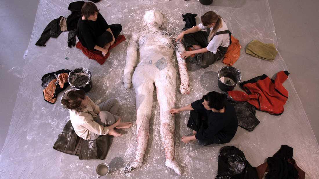 Nadine Byrne, stillbild från film.