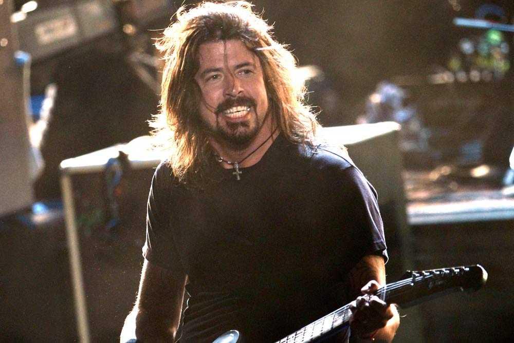 På tredjeplatsen hamnar den gamla Nirvana-legendaren och Foo Fighters-grundaren Dave Grohl. Förmögenheten ligger på 225 miljoner dollar.
