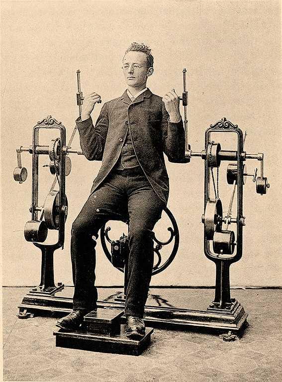 """Läkaren och uppfinnaren Gustaf Zander konstruerade kring 1900 """"Gubbkvarnen"""" – en maskin som skulle leda blod och nerver rätt."""