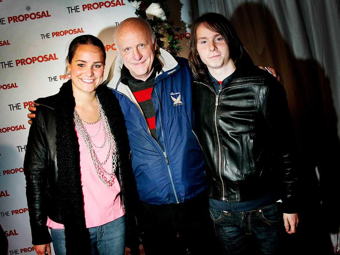 Här med dottern Anna och sonen Björn.