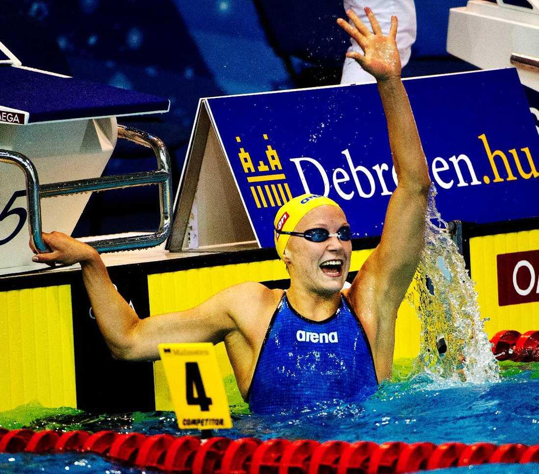 """Medaljgaranti  Sarah Sjöström lekte hem EM-guldet på 100 meter fritt. Men det är på favoritdistansen 100 meter fjäril  som hon lovar att ta en OS-medalj. """"Blir jag inte sjuk kan jag säga att det kommer funka bra."""