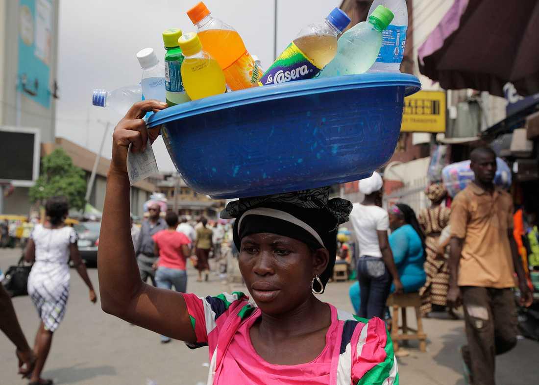 """MEST """"STRESSADE"""" LANDET Om man tar hänsyn till självmordsstatistik, BNP per capita, inkomstfördelning, korruption och arbetslöshet –ja då framstår Nigeria som världens mest stressade land."""