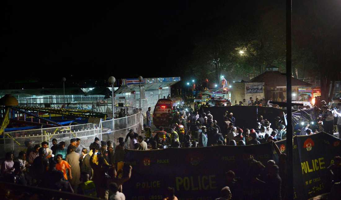 Självmordbombare slog till i Lahore.