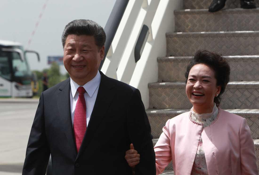 Kinas president  Xi Jinping med sin fru Peng Liyuan.