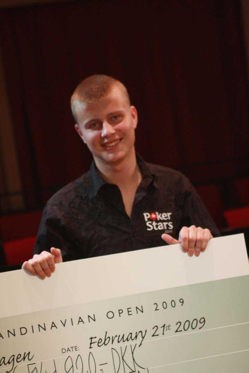 Kyllä Jens Kyllönen vann PokerStars EPT Copenhagen och får motsvarande drygt nio miljoner svenska kronor för det.