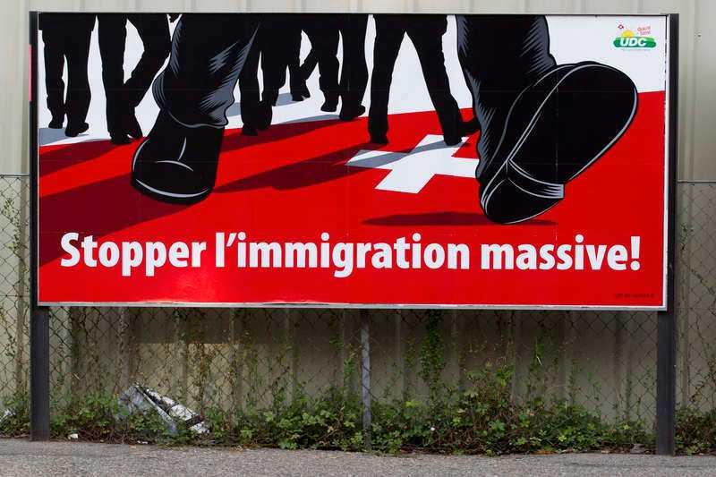 """Schweiziska folkpartiet tog initaivet till folkomröstningen på temat """"stoppa massinvandringen"""" som hölls i februari."""