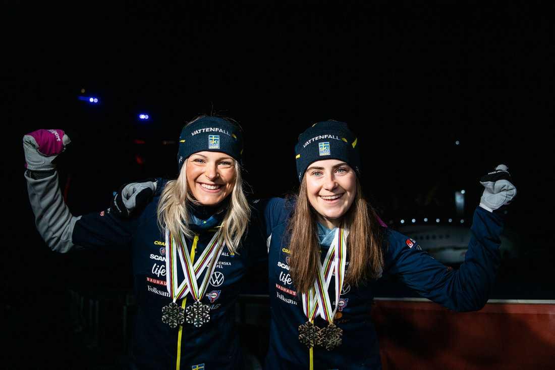 Frida Karlsson (t.v.) och Ebba Andersson vill bryta norska dominansen.