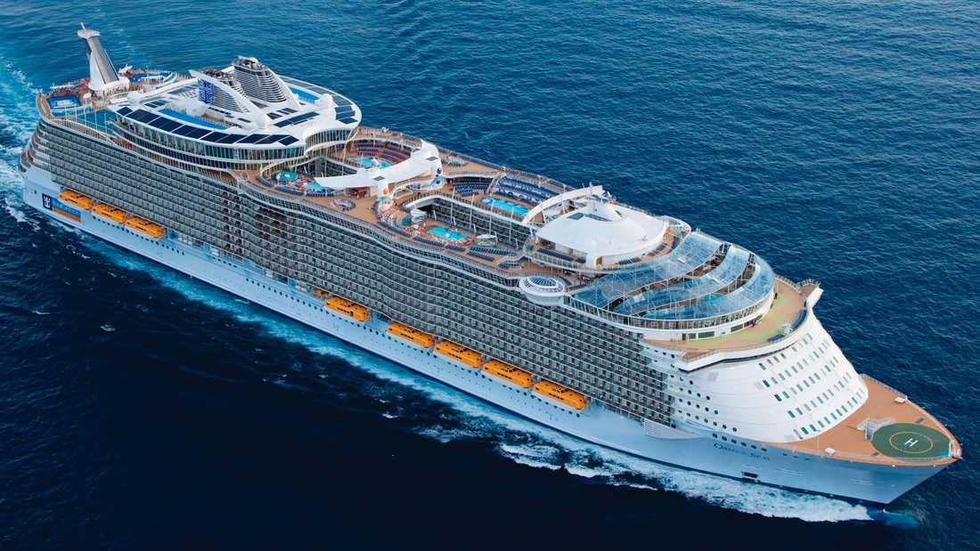OASIS III (ej döpt annu) Royal Caribbeans största nybygge har premiär 2016. Hårint större än sina systrar Oasis of the Seas (bilden) och Allure of the Seas. 227700 bruttoton, 362,1 meter lång, 6360 gäster.