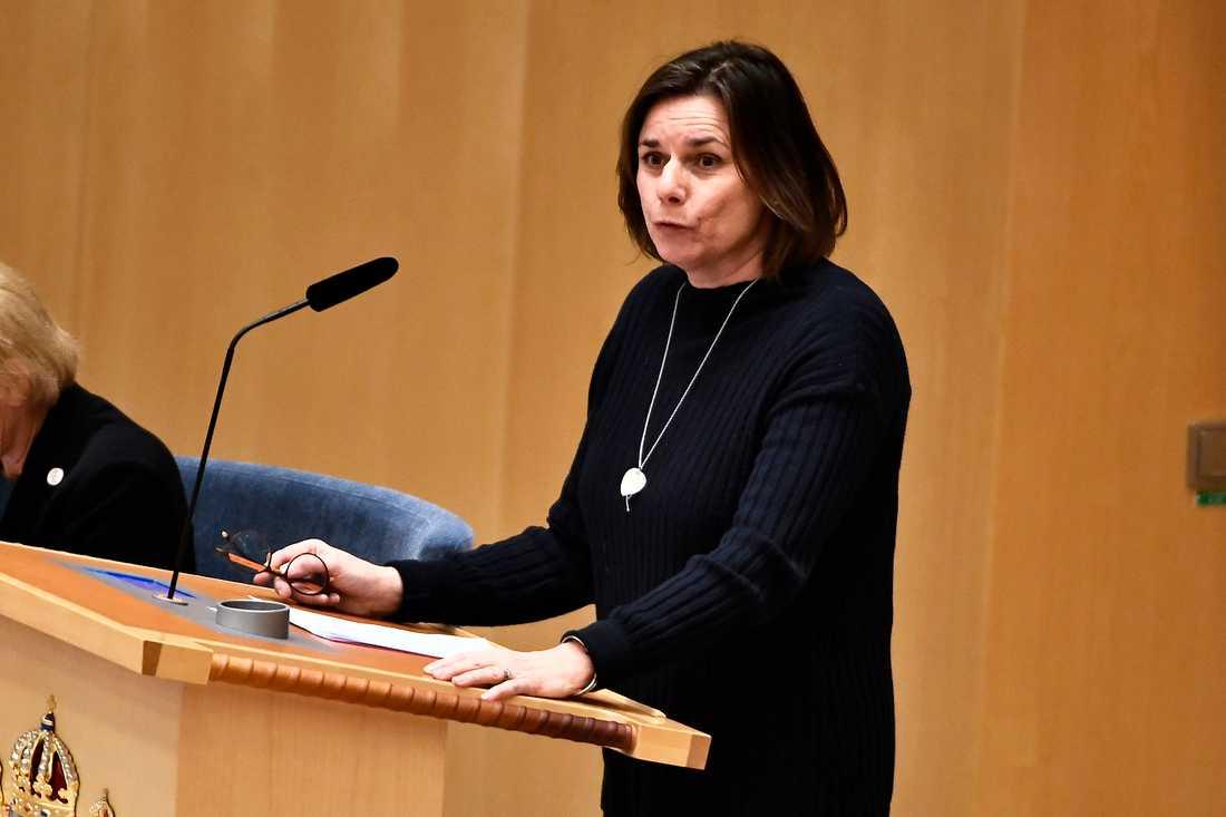 Miljöpartiets språkrör Isabella Lövin (MP) under partiledardebatt i riksdagen i Stockholm.