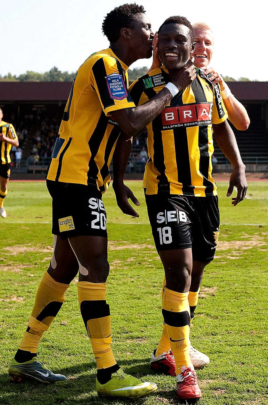 Måljubel Majeed Waris gjorde sitt första mål i allsvenskan när han satte 3–0 för Häcken.