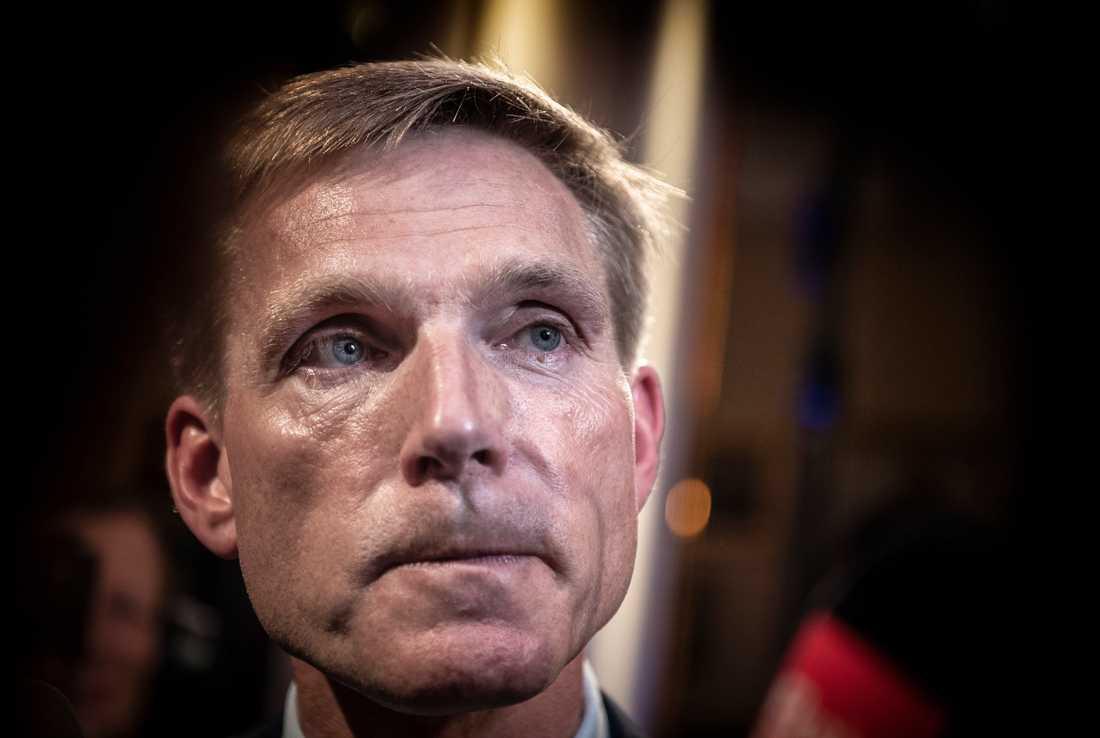 Dansk Folkeparti tappar runt varannan väljare. Här är ledaren Kristian Thulesen Dahl under valkvällen.