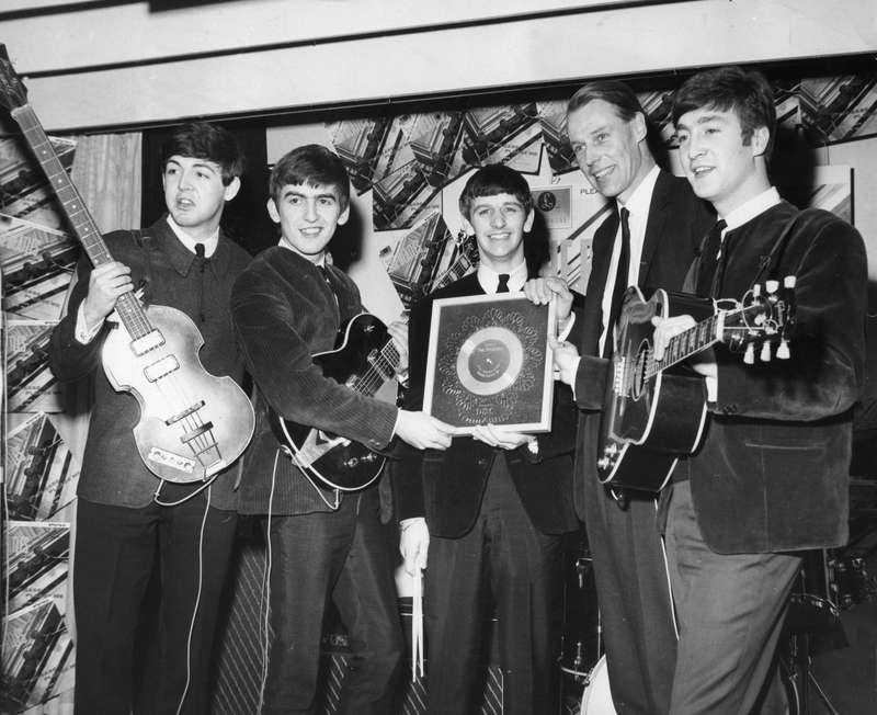 Den femte beatlen, George Martin, dog i förrgår.