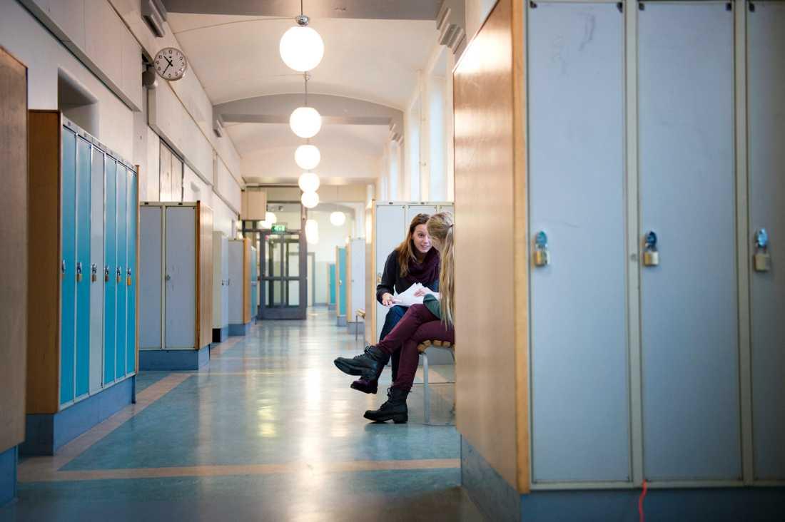 Talis 2018: Svenska lärare är överlag nöjda med sitt arbete men byter skola oftare. Arkivbild.