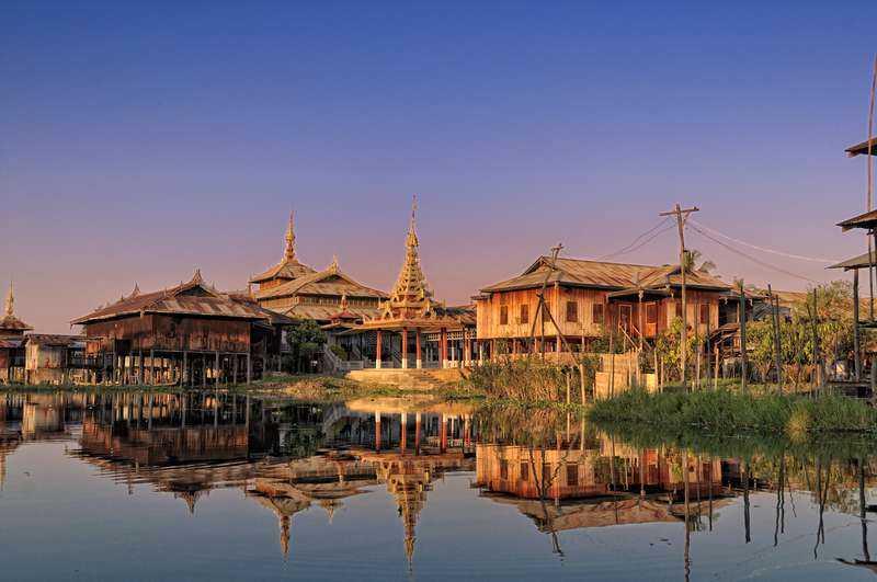 Det tidigare slutna Burma blir mer och mer tillgängligt. Här kan du uppleva tempel, storstäder och vackra stränder.