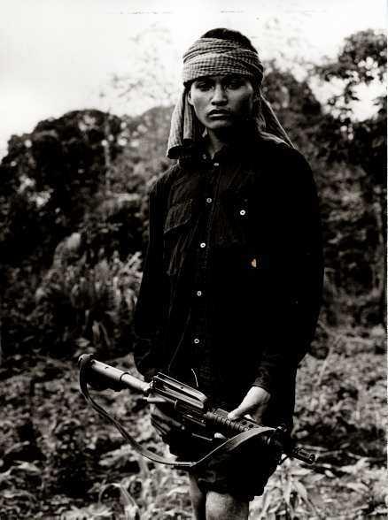En ung gerilla kämpe från Demokratiska Kampuchea 1979.