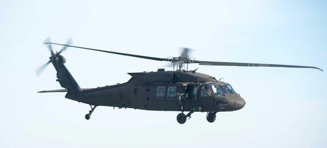 Försvarets Black Hawk 16-helikopter.