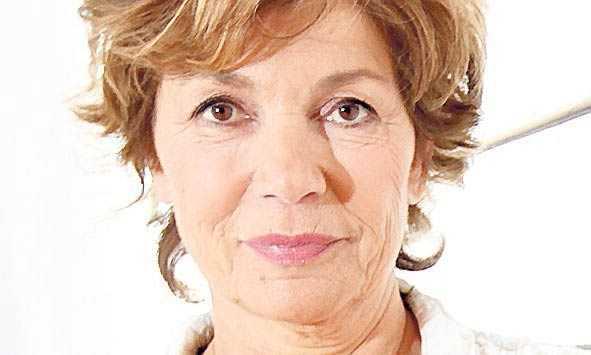 """""""Nu visar de vilken sorts tittare de vill locka"""", säger journalistkollegan Amelia Adamo."""
