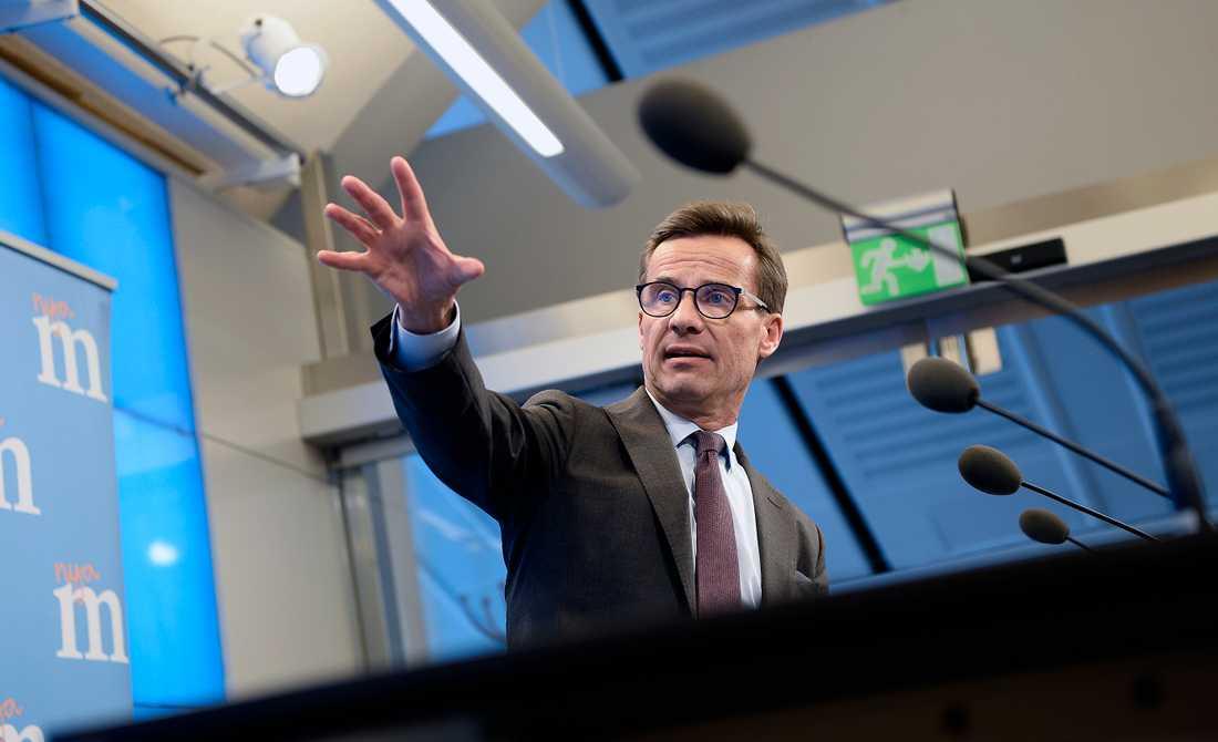 Ulf Kristersson (M) kommenterar budgeten.