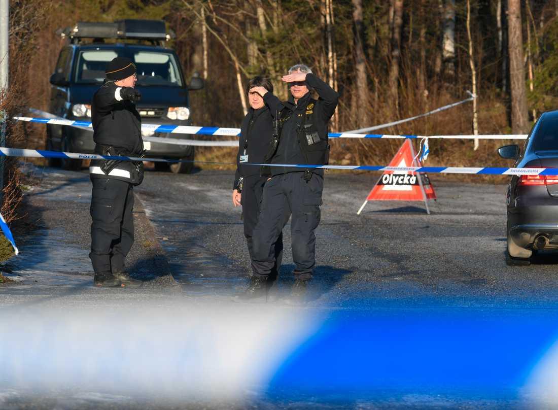 Misstänkt mord i radhusområde i Täby