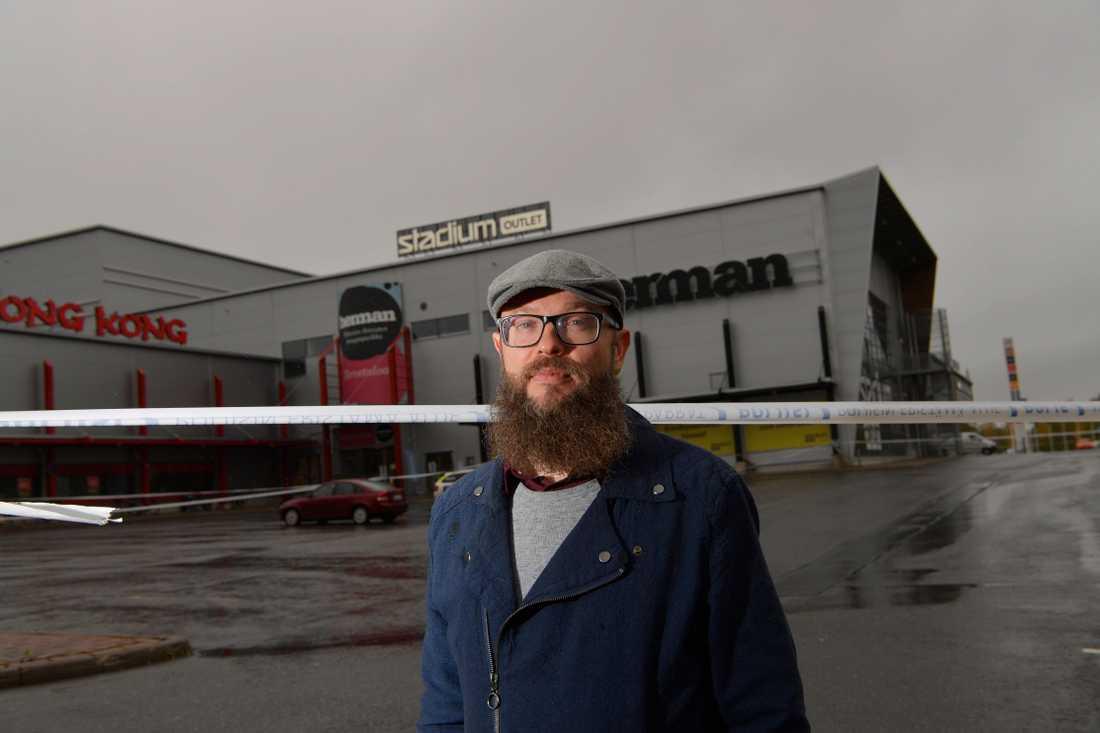 Radiojournalisten Anssi Saarelainen.