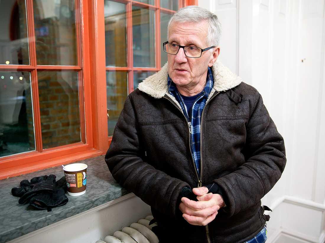 """""""Jag tycker att det är dåligt att de glömmer bort småstäderna"""", säger Bo Engrelius, 67."""