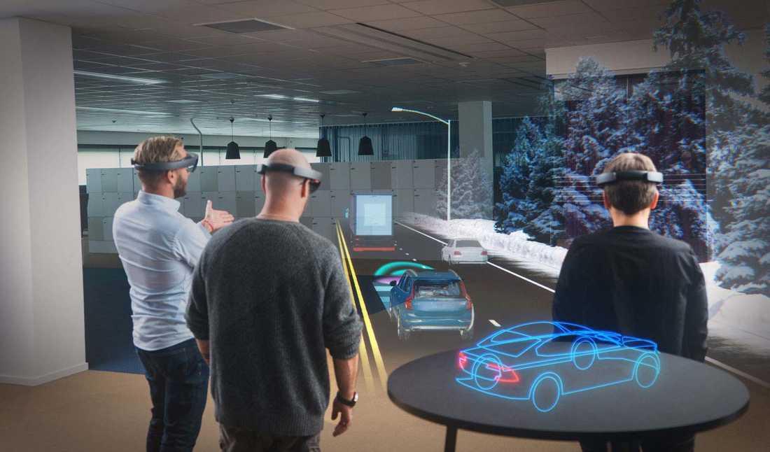 """Volvo visar även upp de nya glasögonen """"HoloLens""""."""