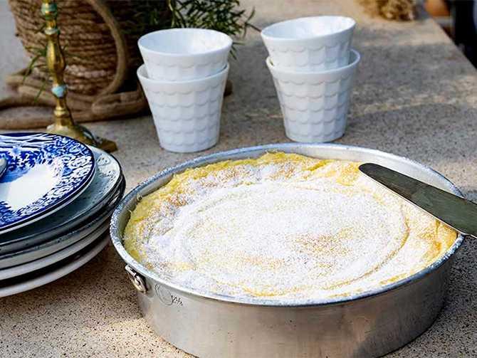 Grekisk mannagrynskaka.