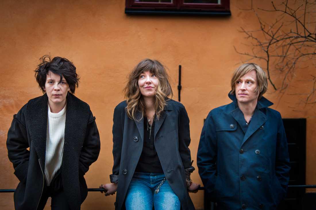 """Christina """"Kicki"""" Karlsson, Sara Almgren och Dennis Lyxzén ingår i albumaktuella Invsn."""