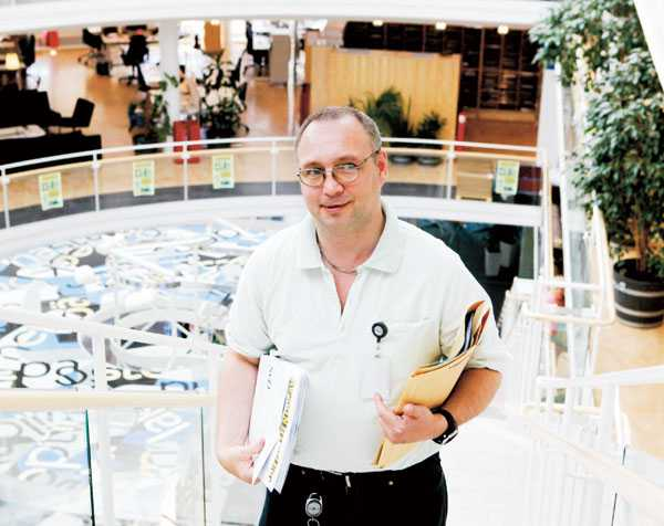 ÅTER I TJÄNST. Christer längtade hela tiden tillbaka till sin arbetsplats. I dag arbetar han 75 procent som vaktmästare på Aftonbladet.