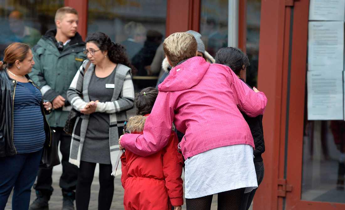 Kronan öppnade igen på måndagen, elva dagar efter skolmorden i Trollhättan.
