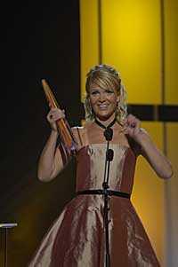 Kattis Ahlström utsågs till bästa kvinnliga programledare.