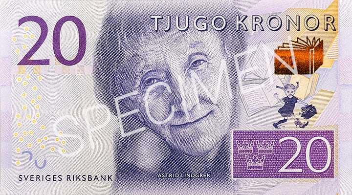 De nya sedlarna börjar gälla 1 oktober i år. Astrid Lindgren pryder de nya 20 kronors sedlarna. Boken är en ny säkerhetsdetalj och skiftar från guld till grönt om man vickar sedeln.