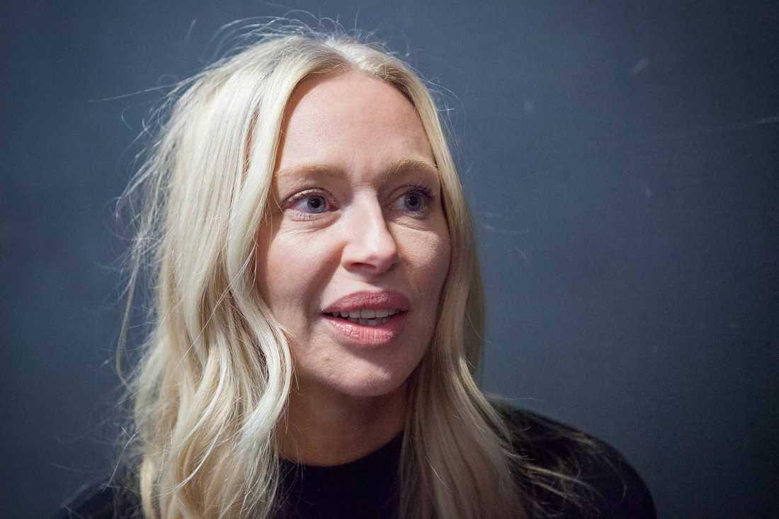Isabel Adrian.