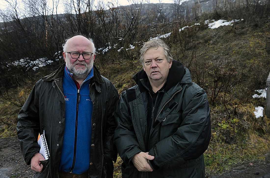 Aftonbladets Svante Lidén och Urban Andersson vid Riksgränsen i går.