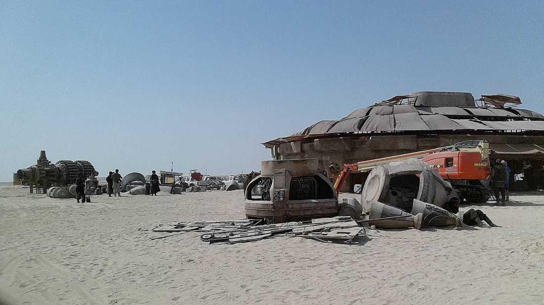 """I april började inspelningarna av """"Star wars: Episod VII i Abu Dhabi"""""""