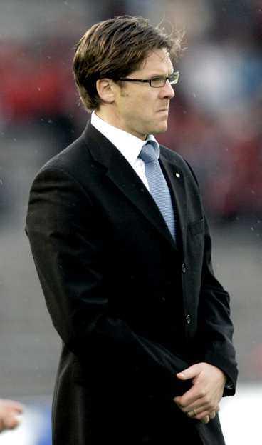 OVILLIG ATT KRITISERA Gais tränare Roland Nilsson var snabb att fördöma supporterbråket före matchen. Men AIK-tränaren Rikard Norling var mer återhållsam.