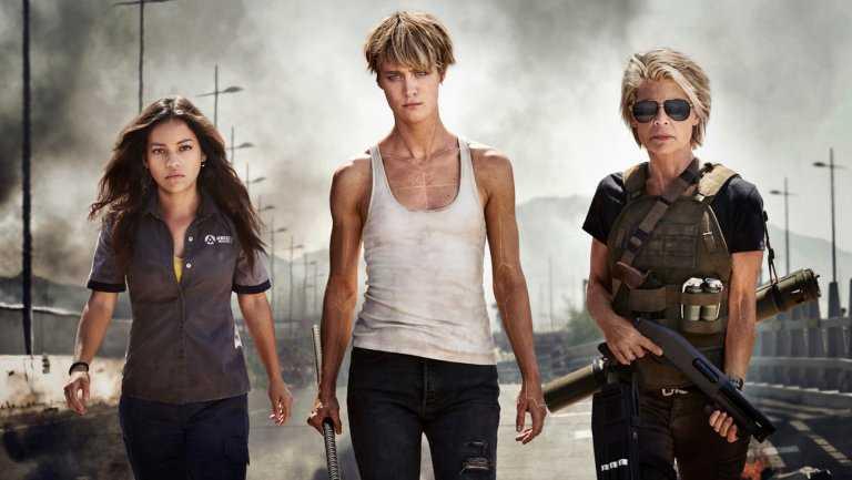 "Natalia Reyes, Mackenzie Davis och Linda Hamilton i ""Terminator: Dark fate""."