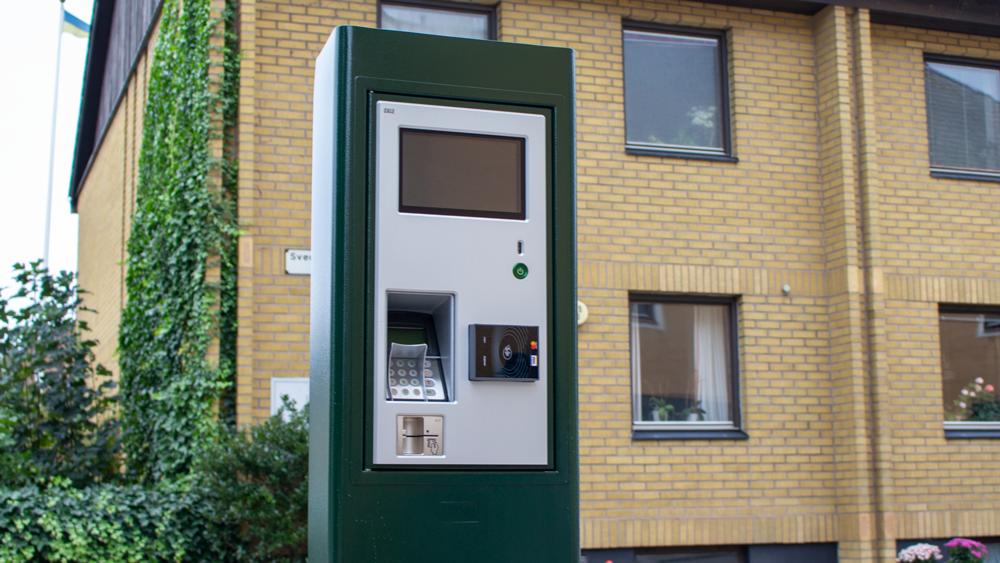 I Limhamn kan man redan skymta de nya parkeringsautomaterna.