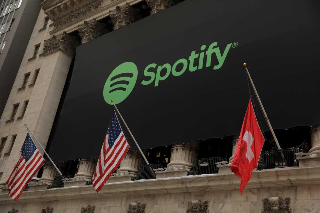 Den schweiziska flaggan hissades felaktigt när Spotify börsintroducerades. Missen åtgärdades dock snabbt.